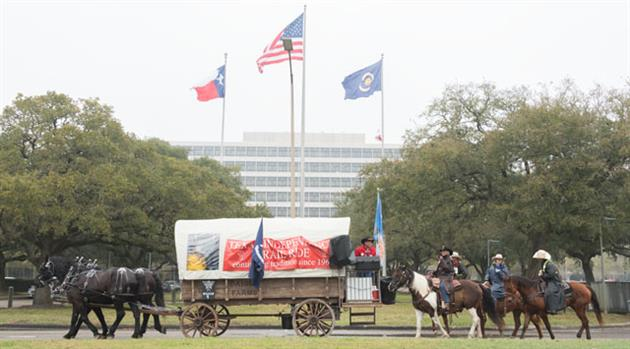 Trail riders bring Western flair to Johnson