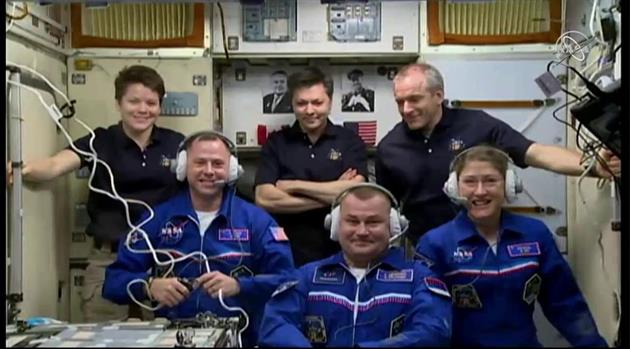 Expedition 59 Welcomes Three New Crew Members