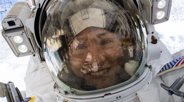 Christina Koch's 10 coolest pictures from her 10 months in space