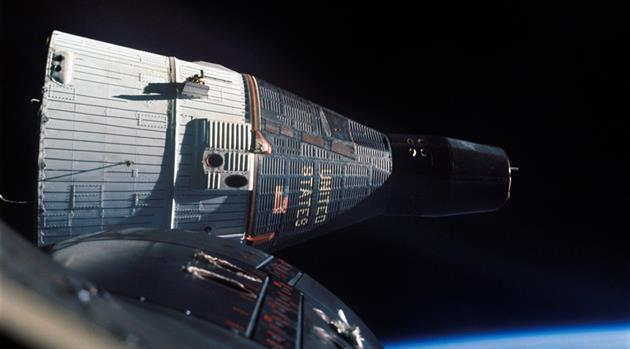 The first space rendezvous — Gemini 7/6A