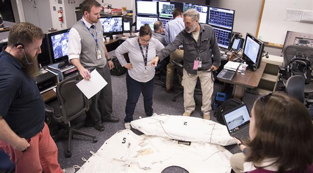 Mission Control team finds answers during spacewalk