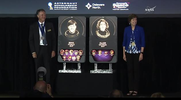 Two NASA astronauts inducted into U.S. Astronaut Hall of Fame