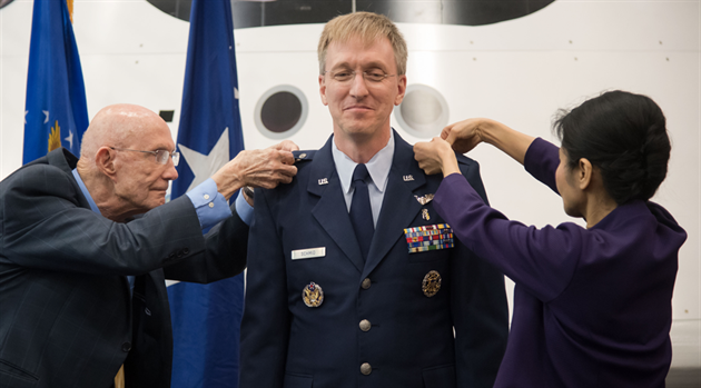 JSC Features - NASA Flight Surgeon promoted to U S  Air