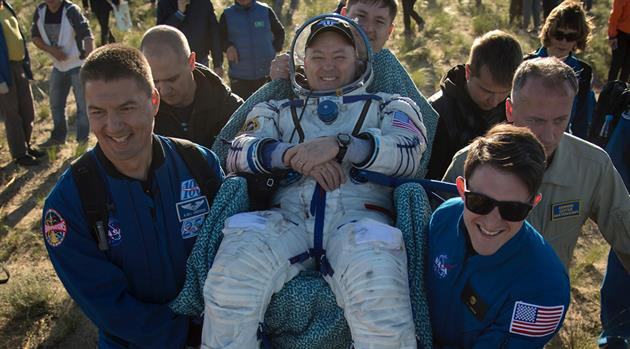 NASA astronaut, crewmates safely return to Earth