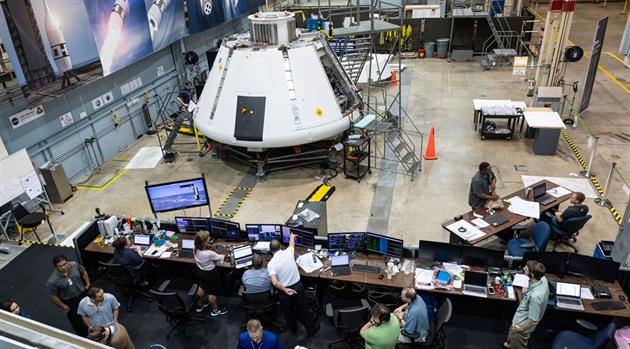 Team powers on AA-2 Orion module, preps for flight test simulation