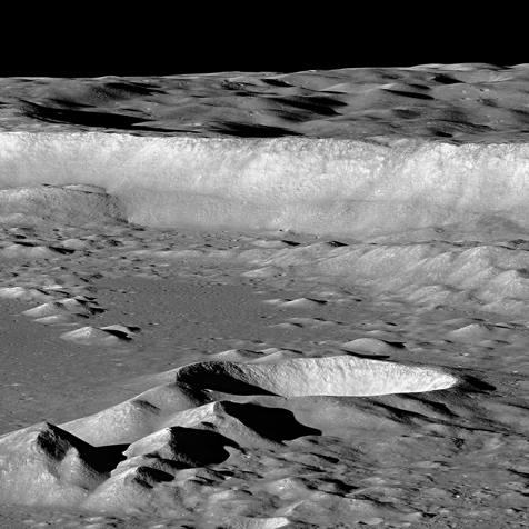 LRO image of the floor and eastern wall of the Antoniadi crater. Image Credit: NASA/GSFC/Arizona State University