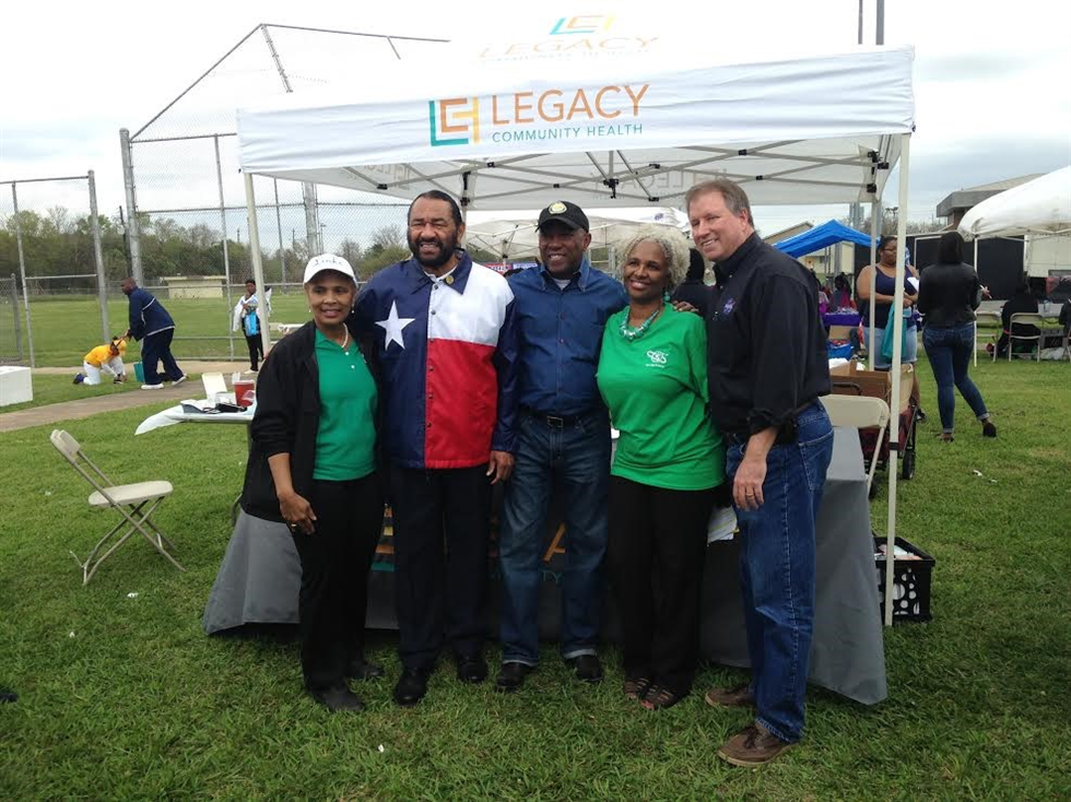 From left: President of Port City Links Sabrina Loeb, Congressman Al Green, Houston Mayor Sylvester Turner, JSC Programs Resources Management Division Chief Donna Blackshear-Reynolds and JSC ISS Manager Greg Dorth. Image courtesy of the Port City Chapter of The Links, Inc.