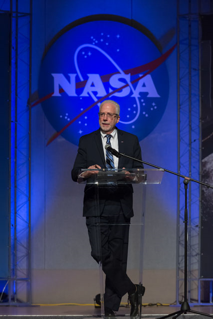 JSC Director Mark Geyer addresses the workforce on Jan. 30 during the first All Hands of 2019. Image Credit: NASA/Robert Markowitz