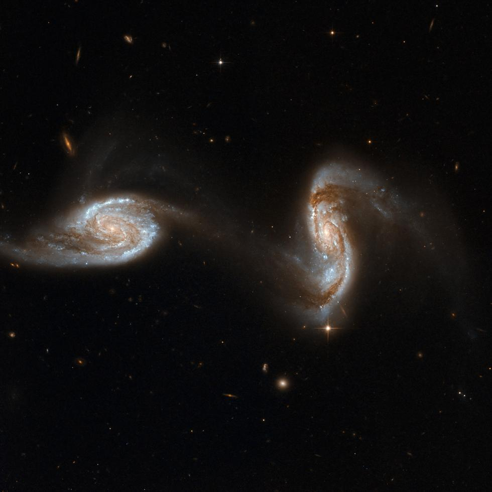 hubble galaxies pair - photo #25